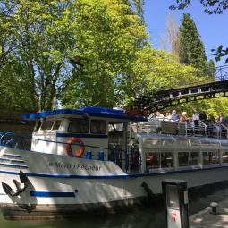 A cruise to discover canal St Martin and the Seine