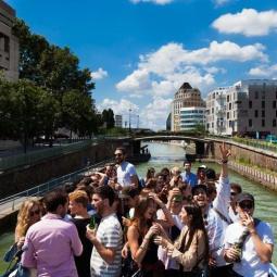 Canal Souk, a festive cruise
