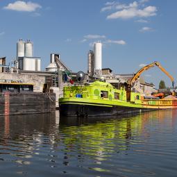Croisière dans le port industriel de Bonneuil-sur-Marne