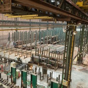 Les halles Pouchard : histoire d'une manufacture de tubes