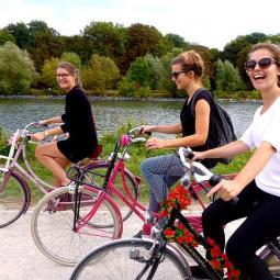 Bike tour along the banks of the River Marne