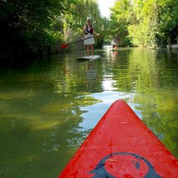 Stand up paddle on the river Marne