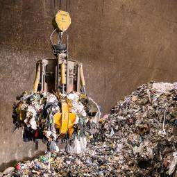 Le centre de traitement des déchets de Créteil Pompadour