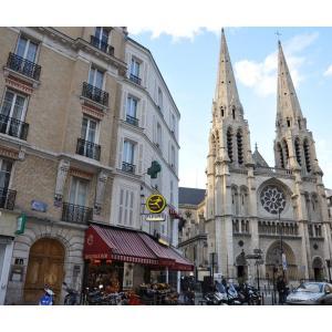 L'architecture de style Éclectique du XIXème siècle par les églises de Belleville et Ménilmontant