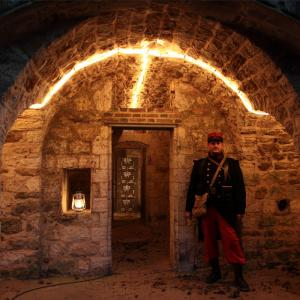 Visite du fort de Sucy de nuit