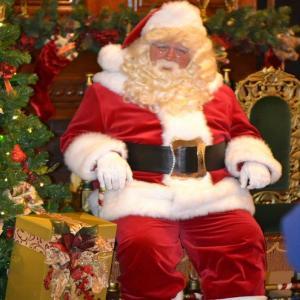 Visite guidée du Conservatoire Citroën en présence du Père Noël