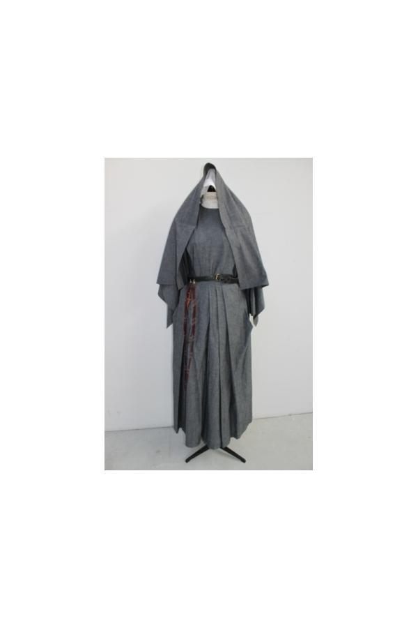visite d 39 euro costumes pantin des costumes pour le cin ma. Black Bedroom Furniture Sets. Home Design Ideas