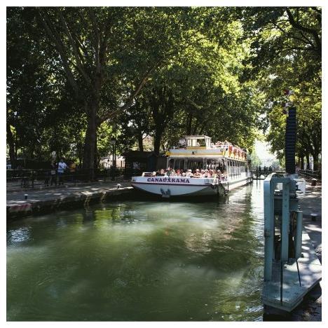 Cruise on the Canal Saint-Martin