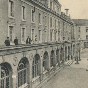 L'hôpital d'instruction des Armées Bégin ©Archives municipales de Vincennes