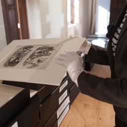La restauration des oeuvres sur papier au musée d'art et d'histoire Paul Eluard