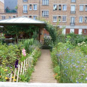 Les jardins partagés de la cité-jardins de Suresnes © Sophie Brandstorm