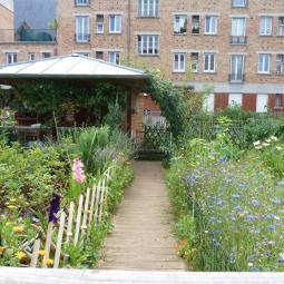 Visite sensible de la cité-jardins de Suresnes