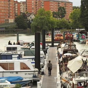 Bike tour on the Marne riverbanks