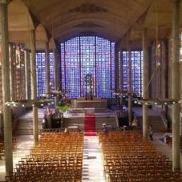 L'église Notre-Dame du Raincy, les vitraux de Maurice Denis et Marguerite Huré