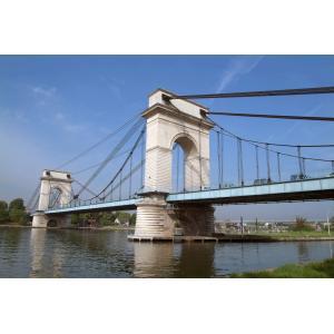 Balade urbaine à Vitry-sur-Seine, de la zone industrielle au fleuve