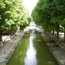 Guided visit along the Canal Saint-Martin