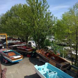 Restauration de bateaux de collection au chantier naval Navy Classic