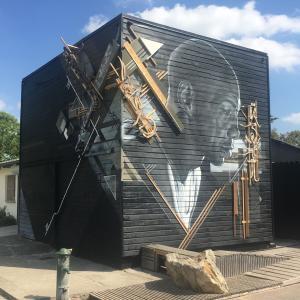 Balade à vélo au fil de l'Ourcq : street art et mutations urbaines