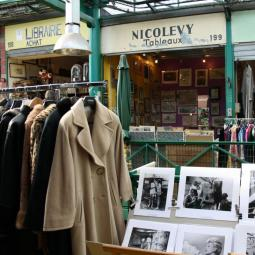 Discover Paris Saint-Ouen flea market