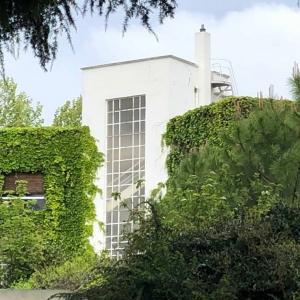 Promenade architecturale : architectures singulières dans le lotissement du Parc de Sceaux