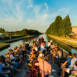 Funk Disco House cruise with the Berges Sonores