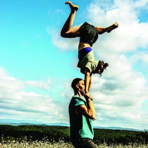 Randonnée pédestre acrobatique : la mini BUS