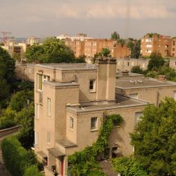 Les arts d'hier et d'aujourd'hui dans la cité-jardin du Pré Saint-Gervais