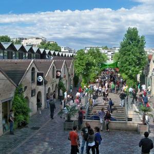 Bercy, village commercial en vbord de Seine