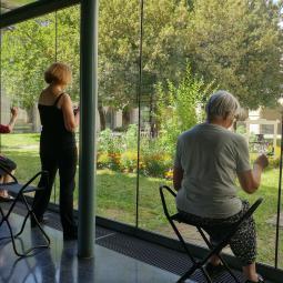 A travers la vitre : visite + atelier dessin au musée d'art et d'histoire