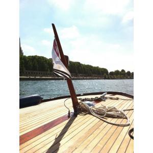 Balade au fil de l'eau en bateau de collection - Hauts-de-Seine