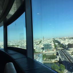 Découverte des rooftops parisiens et mondiaux depuis La Défense
