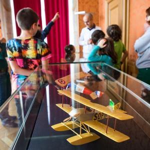 Atelier pour enfants les petits aviateurs © Service Historique de la Défense de Vincennes