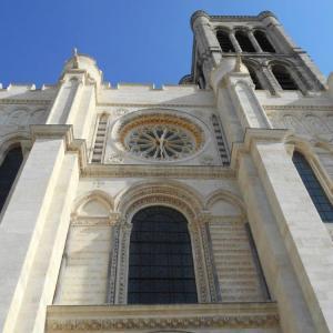 Au cœur du vieux Saint-Denis, entre Moyen-Age et 21ème siècle