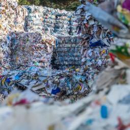 Le centre de tri des déchets de Limeil-Brévannes - Semaine de l'industrie