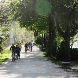 A la découverte des berges du canal Saint-Denis et de la Seine à vélo