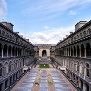 Balade virtuelle : L'histoire de la médecine à Paris