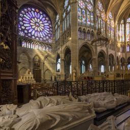 Basilique de Saint-Denis, entre découverte royale et remontage de la flèche