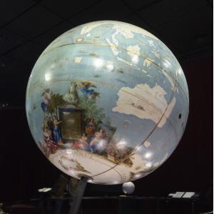 Les globes de Coronelli © Myrabella