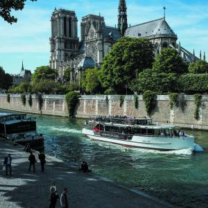 Croisière La Seine et ses ports ©Vedettes de Paris
