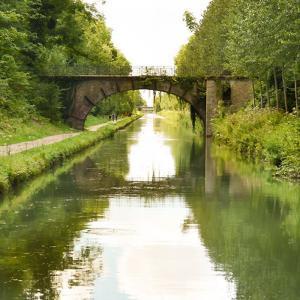Le canal de l'Ourcq entre petit et grand gabarit...