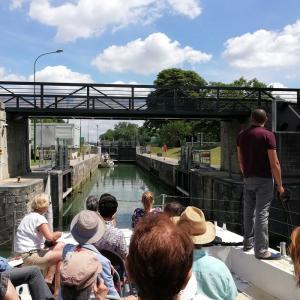 Croisière commentée sur la Marne et le monde de la batellerie
