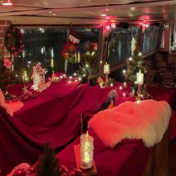 Croisière goûter de Noël sur le canal Saint-Martin et la Seine