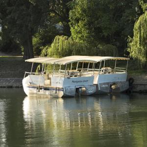 Croisière autour des îles de la boucle de la Marne