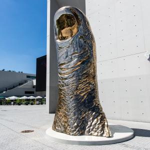 César et Rodin, sentinelles de La Seine Musicale : visite virtuelle