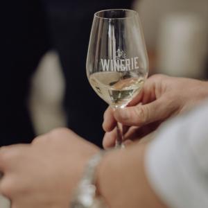 La Winerie, initiation au vin bio et coulisses d'un chai urbain