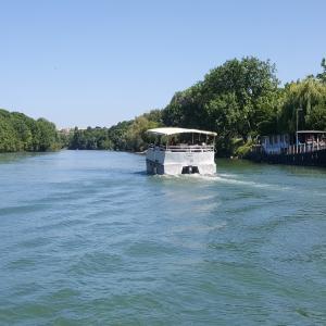 Navigation sur la Marne : vie et activité sur la Marne hier et aujourd'hui - archéosite de la Haute-Ile