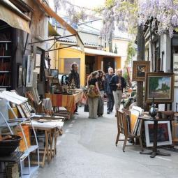 Discover Paris Saint-Ouen flea market - virtual tour