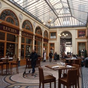 Les Passages Couverts parisiens à Trottinette
