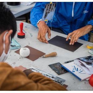 Atelier de Linogravure au Barboteur avec l'artiste Renaud Humbert