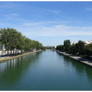 Balade urbaine sur les rives du canal Saint-Denis
